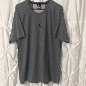 Jordan 23 Alpha Dry Short Sleeve Top Great Cond XL